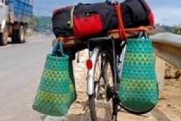 4 tháng đạp xe xuyên Việt của chàng Tây