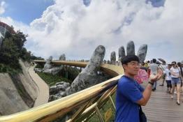 Chàng trai Hàn một tháng đạp xe xuyên Việt